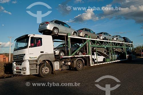 Assunto: Caminhão cegonha no Posto Fiscal de Penaforte - Divisa dos estados de Pernambuco e Ceará / Local: Penaforte - Ceará (CE) - Brasil / Data: 08/2010