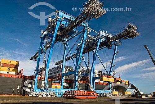 Assunto: Navio no terminal de containeres do Porto do Rio Grande - Tecon / Local: Rio Grande - Rio Grande do Sul (RS) - Brasil / Data: 01/2009