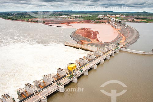 Assunto: Vista aérea do vertedouro da Usina Hidrelétrica de Estreito / Local: Estreito - Maranhão (MA) - Brasil / Data: 20/03/2011