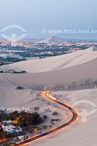 Assunto: Cidade de Ica vista de Huacachina / Local: Ica - Departamento de Ica - Peru - América do Sul / Data: 13/05/2011