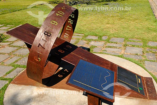 Assunto: Relógio de Sol Equatorial no Jardim Botânico / Local: Jardim Botânico - Rio de Janeiro (RJ) - Brasil / Data: 11/2010