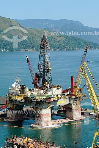 Assunto: Vista de plataforma de petróleo no Estaleiro BrasFels / Local: Angra dos Reis - Rio de Janeiro (RJ) - Brasil / Data: 03/2010
