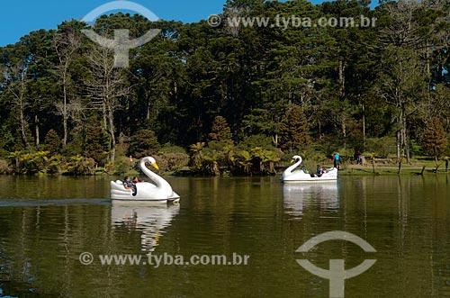 Assunto: Vista de Pedalinhos em forma de cisnes no Parque do Lago Negro / Local: Gramado - Rio Grande do Sul (RS) - Brasil / Data: 07/2011