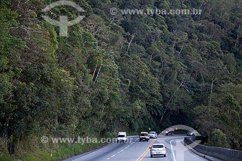Assunto: Rodovia dos Tamoios SP-099 que liga São José dos Campos a Caraguatatuba        / Local: Caraguatatuba - São Paulo (SP) - Brasil / Data: 08/2011