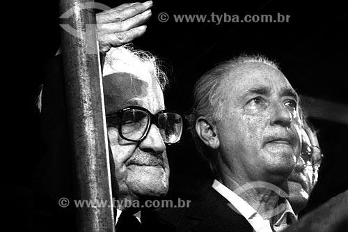 Assunto: Sobral Pinto e André Franco Montoro no Comício das Diretas em frente a Igreja de Nossa Senhora da Candelária / Local: Rio de Janeiro (RJ) -  Brasil / Data: 04/1984
