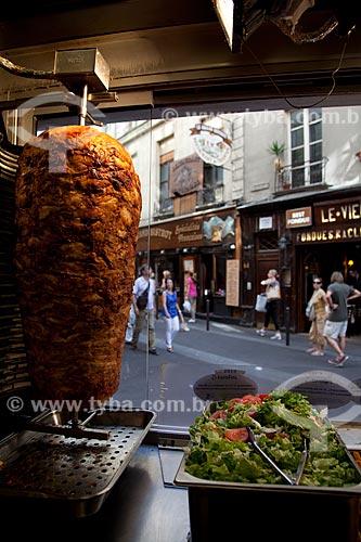 Assunto: Churrasco grego no bairro grego / Local: Paris - França - Europa / Data: 08/2011