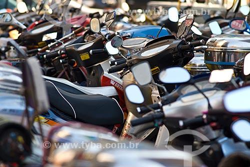 Assunto: Estacionamento de motos / Local: Xangai - China - Ásia / Data: 11/2006