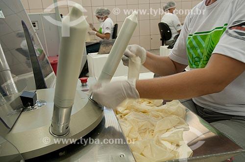 Assunto: Fabricação de preservativos - Nátex / Local: Xapuri - Acre (AC) - Brasil / Data: 10/2009