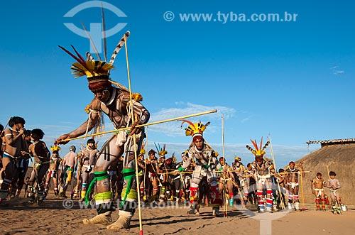 Assunto: Índios Kalapalo na aldeia Aiha se preparando para o Jawari com etnia Wuaja / Local: Querência - Mato Grosso (MT) - Brasil / Data: 07/2011