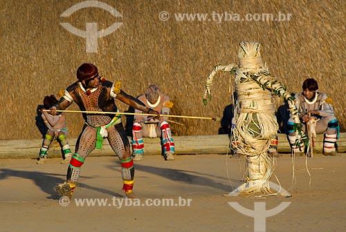 Assunto: Índios Kalapalo na aldeia Aiha se preparando para o Jawari  / Local: Querência - Mato Grosso (MT) - Brasil / Data: 07/2011