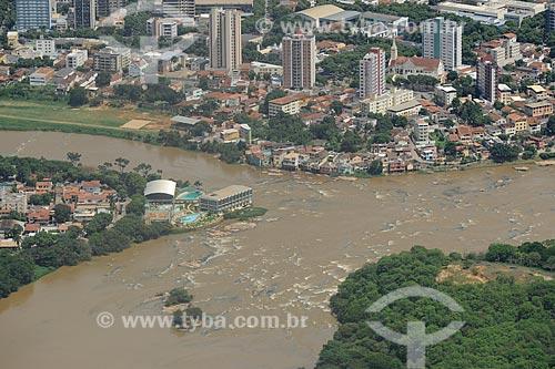 Assunto: Vista aérea de Governador Valadares no Vale do Rio Doce  / Local: Governador Valadares - Minas Gerais (MG) - Brasil / Data: 11/2011