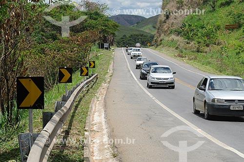 Assunto: Rodovia Fernão Dias - BR-381 / Local: Governador Valadares - Minas Gerais (MG) - Brasil / Data: 11/2011