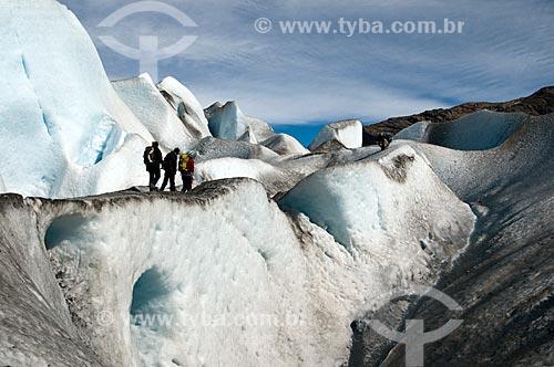 Assunto: Alpinistas caminhando no Glaciar Viedma / Local: El Chalten - Província de Santa Cruz - Argentina - América do Sul / Data: 02/2010