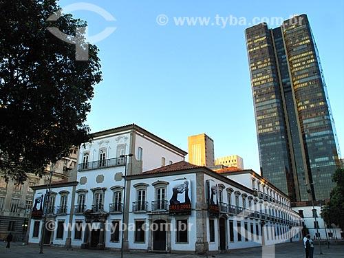 Assunto: Fachada do Paço Imperial com Edifício do Centro Cândido Mendes ao fundo / Local: Centro - Rio de Janeiro (RJ) - Brasil / Data: 01/2012