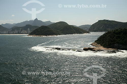 Assunto: Vista aérea da Ilha Cotunduba com Morro do Leme ao fundo / Local: Rio de Janeiro (RJ) - Brasil / Data: 09/2011