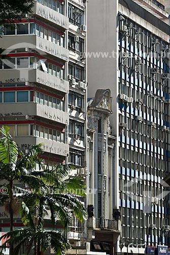 Assunto: Edifícios da Rua dos Andradas esquina com a Rua Ladeira  / Local: Porto Alegre - Rio Grande do Sul (RS) - Brasil / Data: 12/2011
