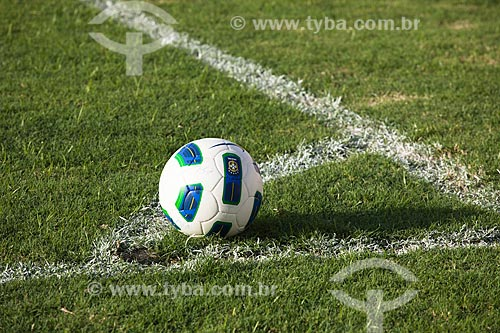 Assunto: Bola de futebol do Campeonato Brasileiro Série A de 2011 / Local: Fortaleza - Ceará (CE) - Brasil / Data: 11/2011