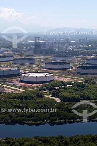 Assunto: Vista aérea da Refinaria Duque de Caxias com Rio Iguaçu ao lado / Local: Duque de Caxias - Rio de Janeiro (RJ) - Brasil / Data: 03/2012