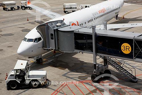 Assunto: Passarela de acesso a aeronaves do Aeroporto Internacional Salgado Filho  / Local: Porto Alegre - Rio Grande do Sul (RS) - Brasil / Data: 02/2012