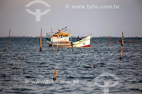 Assunto: Barco de pesca no canal de acesso à Lagoa dos Patos / Local: São José do Norte - Rio Grande do Sul (RS) - Brasil / Data: 02/2012