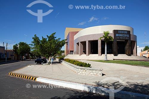 Assunto: Fachada do Teatro Municipal Dix-Huit Rosado Maia - Inaugurado em 2003 homenagem ao político Jerônimo Dix-Huit Rosado Maia  / Local: Mossoró - Rio Grande do Norte (RN) - Brasil / Data: 03/2012