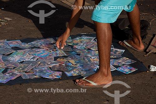 Assunto: Venda de CDs e DVDs piratas / Local: Macapá - Amapá (AP) - Brasil / Data: 04/2012