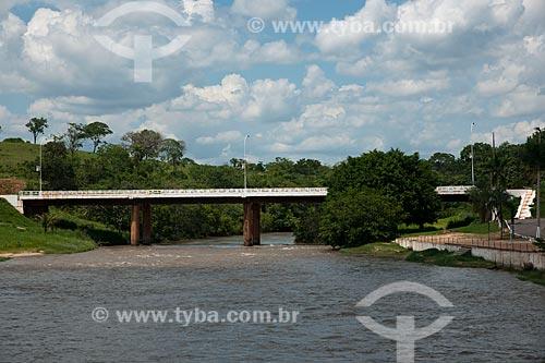 Assunto: Ponte sobre o Rio Itiquira / Local: Itiquira - Mato Grosso (MT) - Brasil / Data: 12/2001