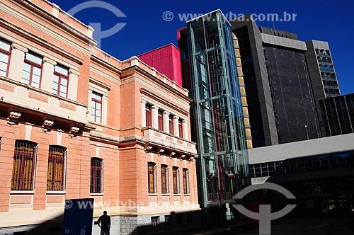 Assunto: Vista lateral do Museu das Minas e do Metal - Prédio Rosa / Local: Belo Horizonte - Minas Gerais (MG) - Brasil / Data: 06/2012