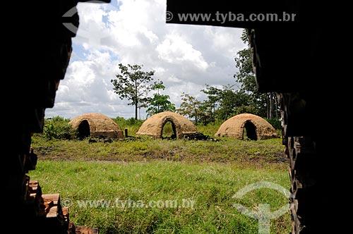 Assunto: Fornos de carvoaria abandonados / Local: Itinga do Maranhão - Maranhão (MA) - Brasil / Data: 05/2012