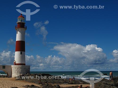 Assunto: Farol de Itapuã (1873) / Local: Itapuã - Salvador - Bahia (BA) - Brasil / Data: 07/2012