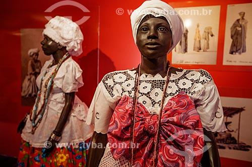 Assunto: Manequins com roupas típicas de Baianas em exposição no Memorial das Baianas / Local: Praça da Cruz Caída - Salvador - Bahia (BA) - Brasil / Data: 07/2012