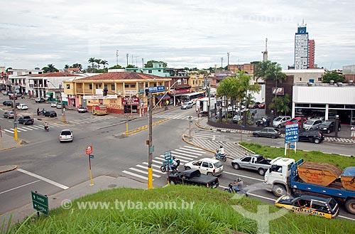 Assunto: Cruzamento da Avenida Castelo Branco com a Rua José Antônio de Campos / Local: Registro - São Paulo (SP) - Brasil / Data: 01/2012