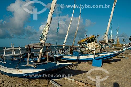 Assunto: Jangadas atracadas no litoral potiguar / Local: Touros - Rio Grande do Norte (RN) - Brasil / Data: 04/2012