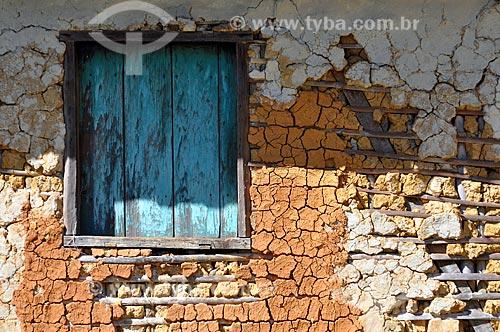 Assunto: Detalhe de arquitetura, casa de pau-a-pique / Local: Itamonte - Minas Gerais (MG) - Brasil / Data: 07/2011