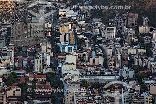 Assunto: Vista aérea do bairro de Botafogo e Cemitério São João Batista ao fundo / Local: Botafogo - Rio de Janeiro (RJ) - Brasil / Data: 09/2012