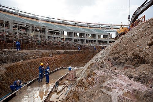Assunto: Operários trabalhando na reforma do Estádio Jornalista Mário Filho - também conhecido como Maracanã / Local: Maracanã - Rio de Janeiro (RJ) - Brasil / Data: 02/2012