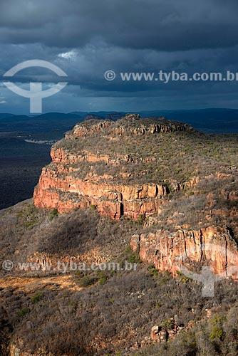 Assunto: Vale na trilha das Umburanas no Parque Nacional do Catimbau / Local: Buíque - Pernambuco (PE) - Brasil / Data: 08/2012