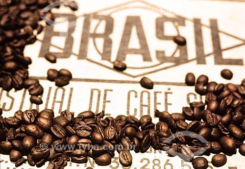 Assunto: Saca de café pra exportação / Local: Próximo à Petrópolis - Rio de Janeiro (RJ) - Brasil / Data: 1996