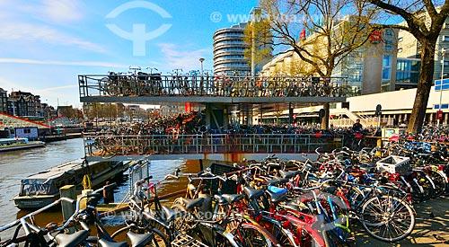 Assunto: Bicicletário próxima à Estação Central de Amsterdam / Local: Amsterdam - Holanda - Europa  / Data: 03/2012