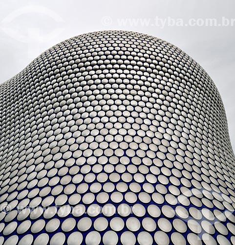 Assunto: Fachada do Edifício Selfridge - fachada de concreto revestida por 15.000 discos de alumínio / Local: Birmingham - Reino Unido - Europa / Data: 06/2012