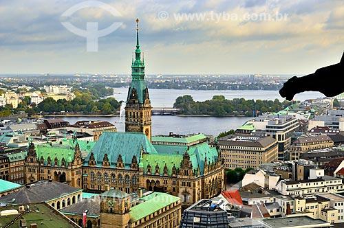Assunto: Prefeitura de Hamburgo com a Ponte Kennedy ao fundo  / Local: Hamburgo - Alemanha - Europa / Data: 10/2011