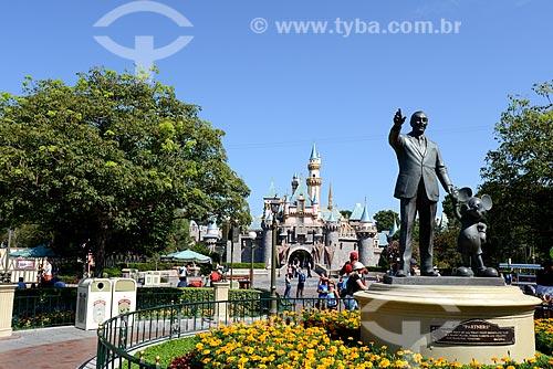 Assunto: Estátuas de Walter Elias Disney e Mickey Mouse / Local: Anaheim - Califórnia - Estados Unidos da América - EUA / Data: 09/2012