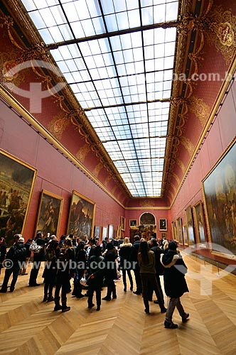 Assunto: Visitantes no Museu do Louvre / Local: Paris - França - Europa / Data: 02/2012