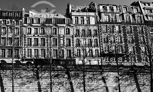 Assunto: Casarios às margens do Rio Sena / Local: Paris - França - Europa / Data: 02/2012