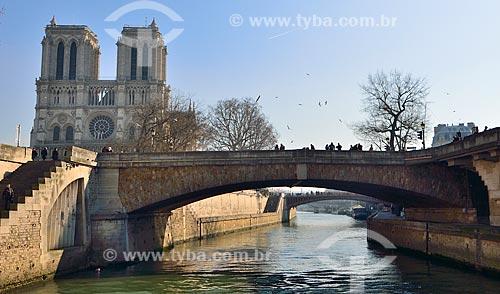 Assunto: Petit Pont (Ponte Pequena) - 1853 / Local: Paris - França - Europa / Data: 02/2012