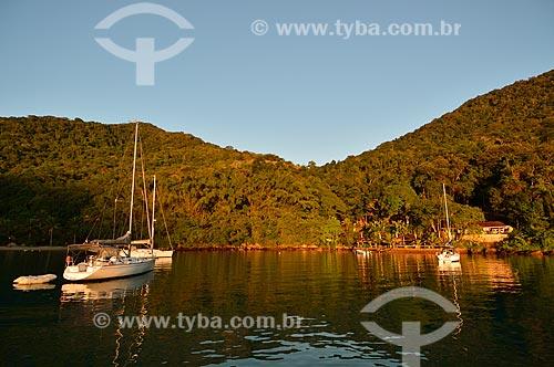 Assunto: Barcos na Enseada Sítio Forte / Local: Distrito Ilha Grande - Angra dos Reis - Rio de Janeiro (RJ) - Brasil / Data: 07/2012