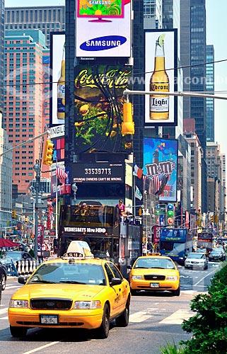 Assunto: Táxis na Duffy Square - na região da Times Square / Local: Manhattan - Nova Iorque - Estados Unidos - América do Norte / Data: 08/2010