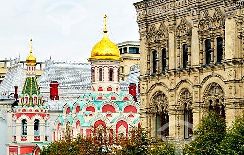 Assunto: Catedral Kazan (1625) - construída originalmente em 1625, demolida em 1936 durante a vigência do comunismo e reinaugurada idêntica à catedral original em 1993 / Local: Moscou - Rússia - Europa / Data: 09/2010