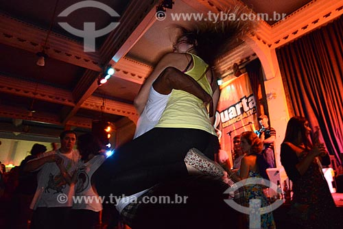 Assunto: Casal no Baile de forró que acontece as quartas-feiras, conhecido como Quarta Democrática no Clube dos Democráticos na Lapa / Local: Rio de Janeiro (RJ) - Brasil / Data: 11/2012