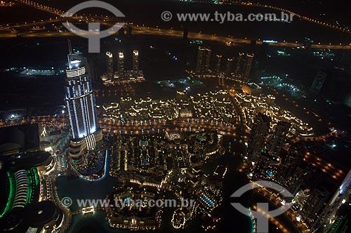Assunto: Vista noturna do centro financeiro a partir do Edifício Burj Khalifa / Local: Dubai - Emirados Árabes Unidos - Ásia / Data: 01/2010